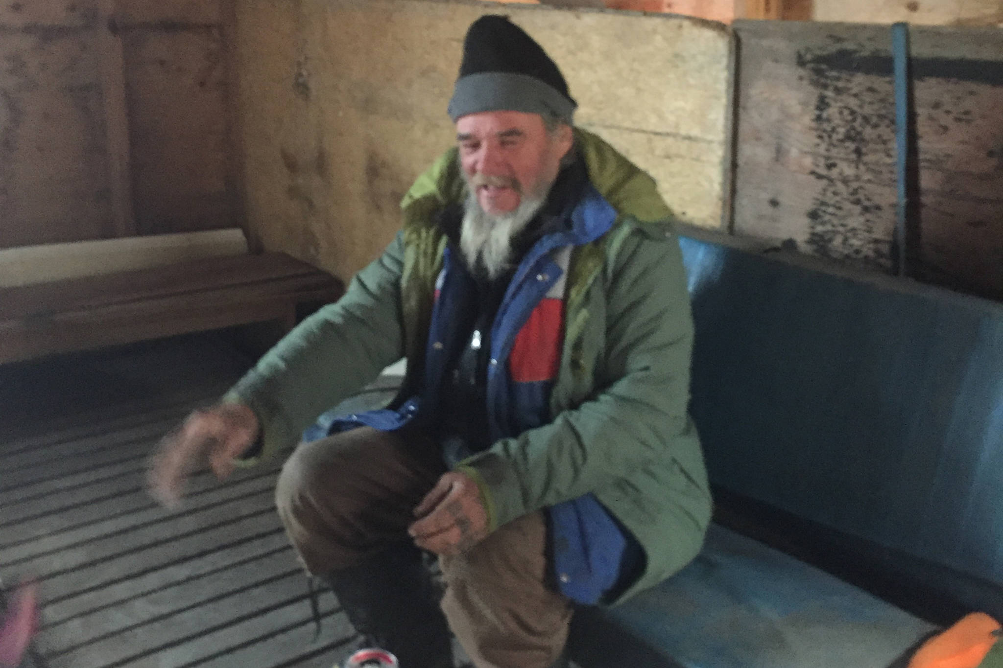 Okanagan homeless man back on the streets after brief shelter